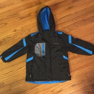 London Fog winter jacket blue and black size 5-6